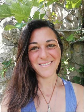 Montse Martínez González : Terapeuta acreditada e Instructora Jin Shin Jyutsu Autoayuda